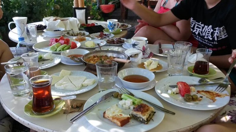 bafa-karia-pansiyon-breakfast